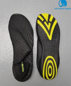 Giày đi biên - giày lội nước
